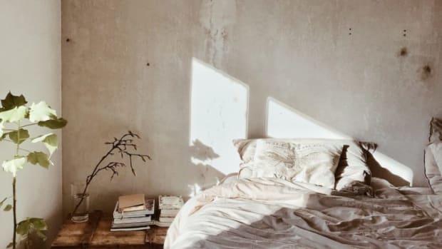 trauma-bed-768x1024