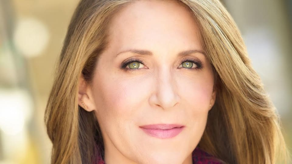 The Woman Behind: Jessica Yellin, Author Of Savage News And The Voice Of #NewsNotNoise