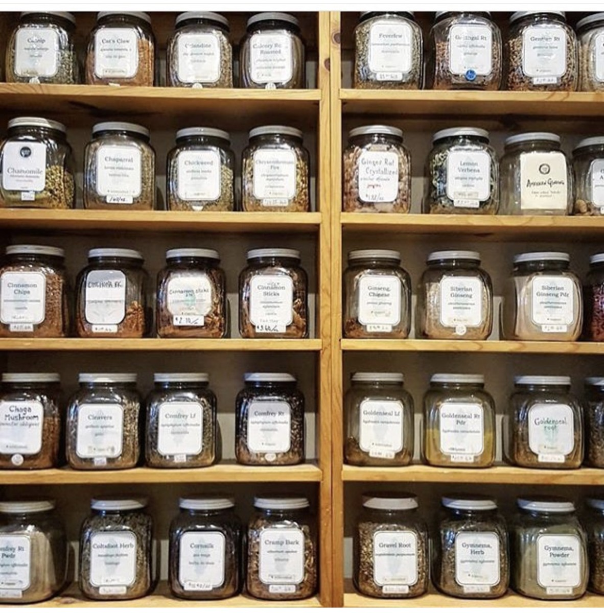 Loose leaf tea selection, image credit: Girl Go Green