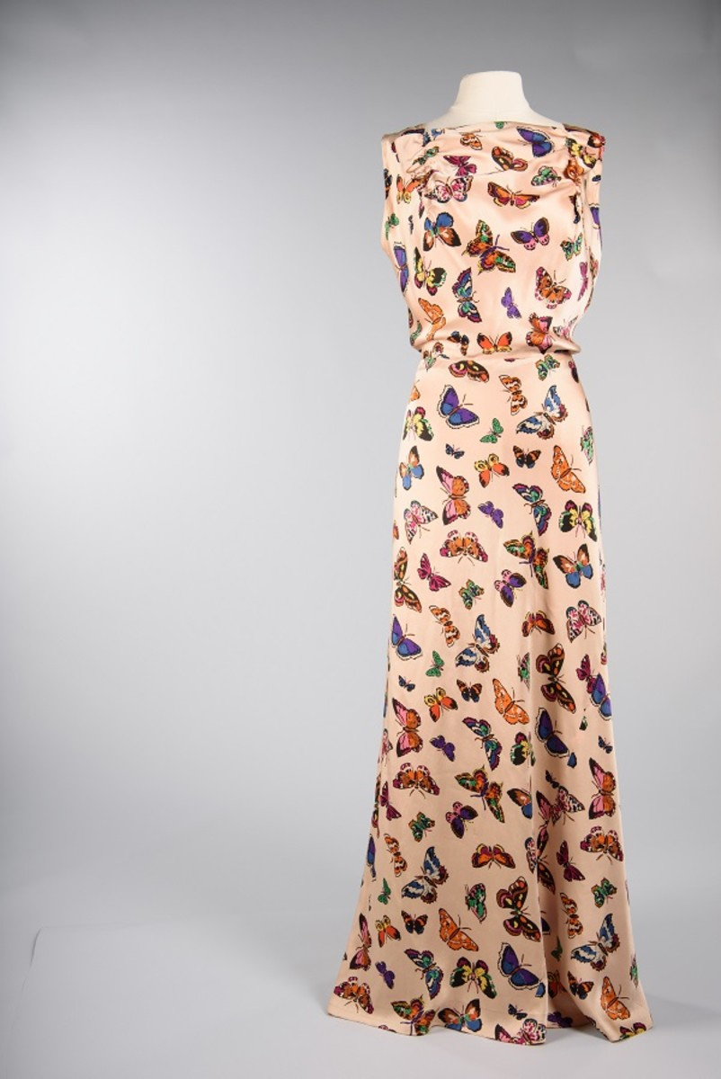 Silk evening gown, 1937, Schiaparelli, Paris, maker. Guendolen Carkeek Plestcheeff, owner. Gift of Mrs. Theordore (Guendolen) Plestcheeff © MOHAI Collection.